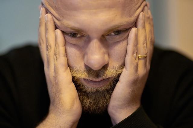 うつ病顔の表情